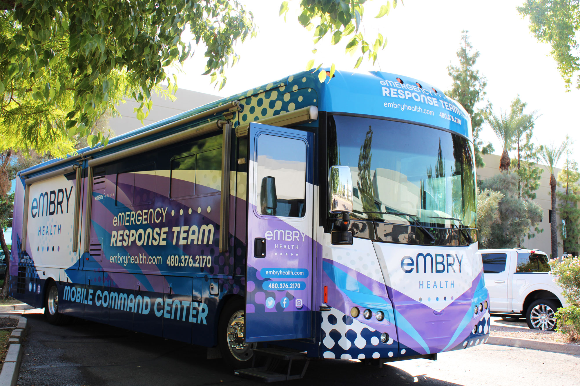 Embry Health now offers the convenience of high-quality healthcare services in your home. If you are a homebound patient, someone who can't drive, or can't access transportation, Embry Health will come to you to administer your COVID-19 vaccine.